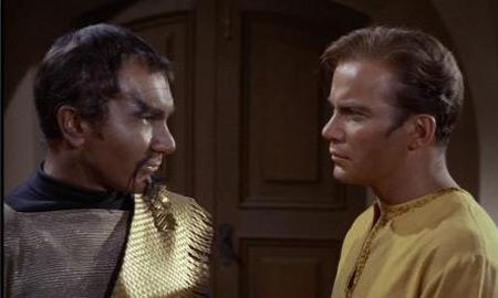 Klingonac, zapovjednik Kor i kapetan Kirk